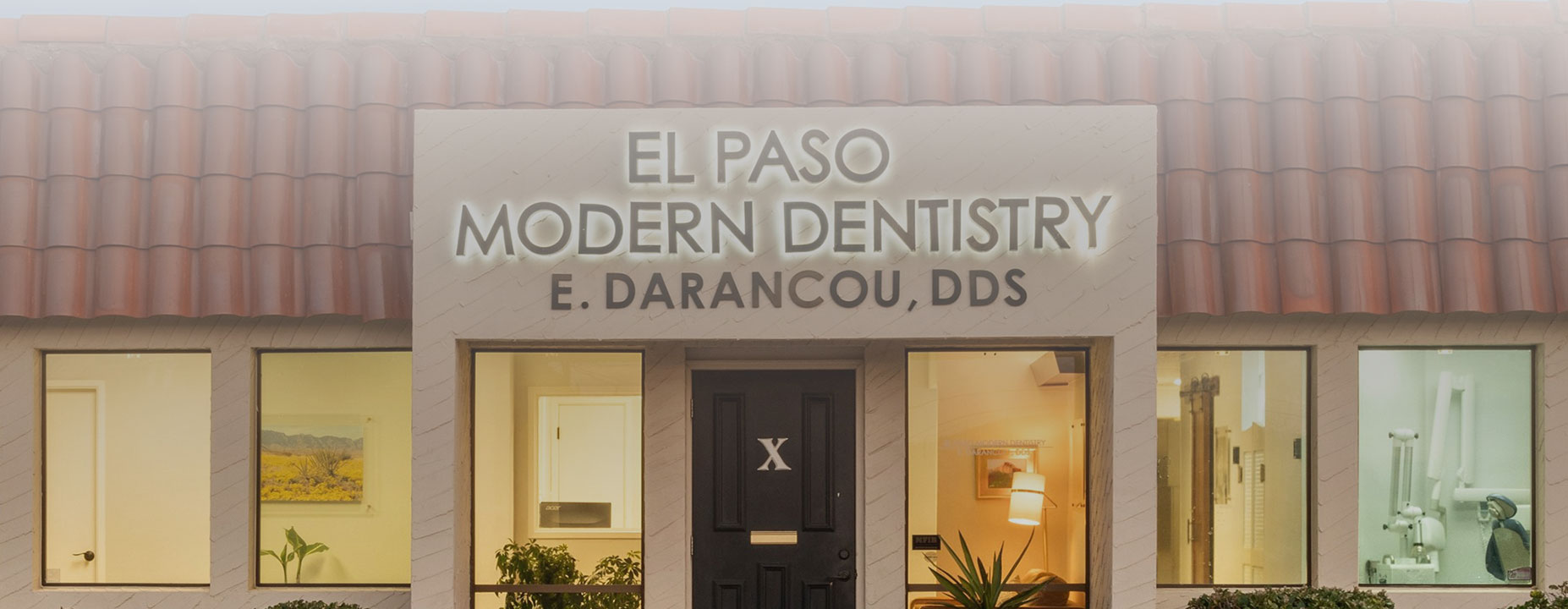 Front view of El paso modern dentistry